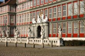Bundesakademie-Front-Aussenansicht©Bundesakademie Wolfenbüttel