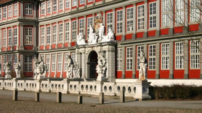 Außenansicht der Bundesakademie Wolfenbüttel.